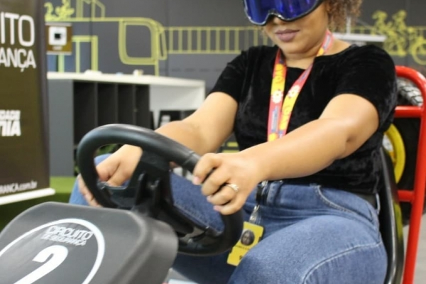 quadriciclo-a-pedal-com-oculos-simulador-de-sono-99pop-sao-paulo01F62ED186-3F27-777D-66A5-641D2FCA1441.jpg